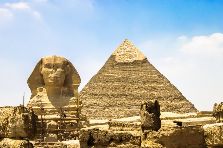 August 2005 The Great Pyramid of Giza and Sphinx (Pyramid of Cheops), El Giza, Cairo, Egypt