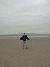 X enjoying Dublin beach.