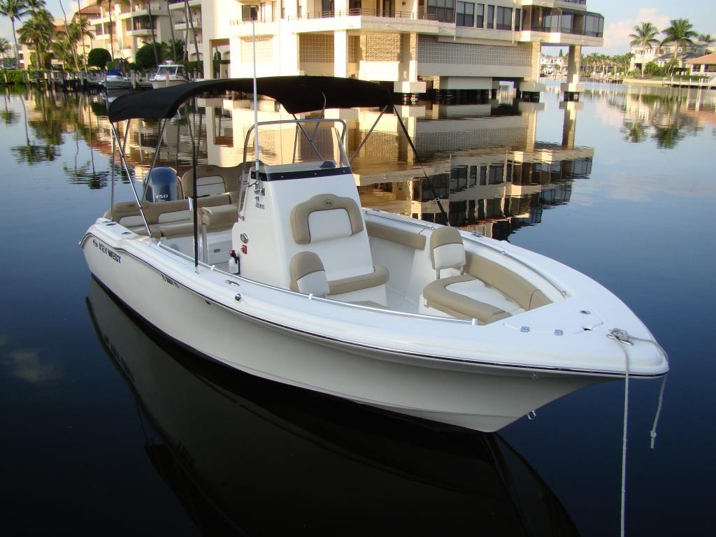 21′ Center Console Boat Rental