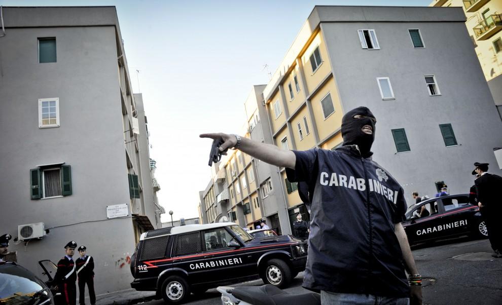 """Résultat de recherche d'images pour """"mafia napoli scampia"""""""