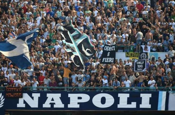 RETROSCENA  Gemellaggio Ultr del Napoli e ultr del Feyenoord