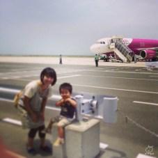 今回は初めてのpeach。鹿→関空2980という安さ、でも2歳になってしまったので3人分。