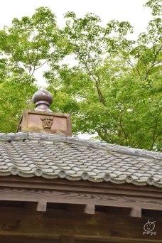 この建物の下に、日本三大古碑が入ってました。奈良時代のものだそうです。