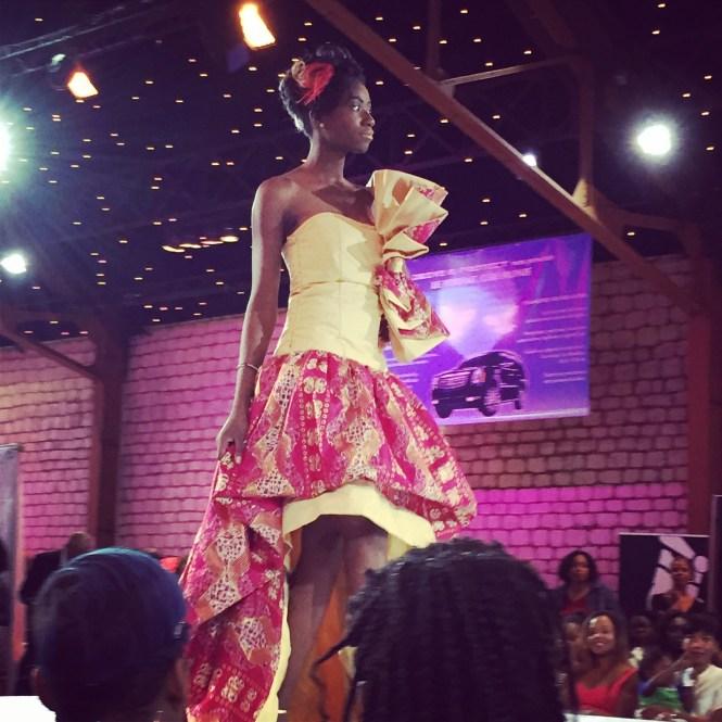 défilé2 - Afro Wedding Party - nappy pretty girl