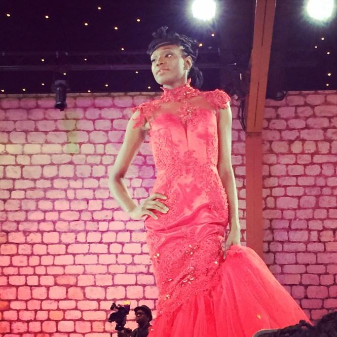 défilé5 - Afro Wedding Party - nappy pretty girl