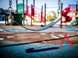 Детская площадка во дворе МКД