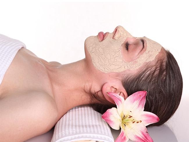3 najbolje maske za masnu kožu lica