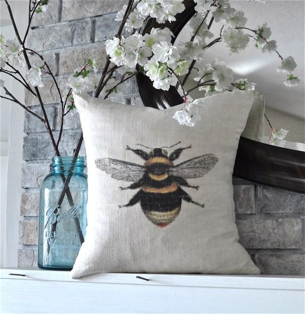 DIY Bee Pillow