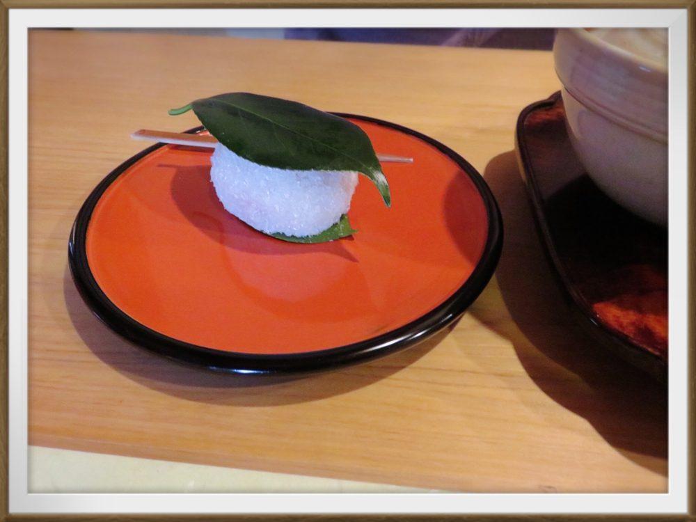 奈良で食べ歩き 樫舎のお饅頭