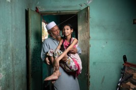 Patient Soubia Akter with her father Hafej Md. Selim. Photo credit: Sakib Pratyay and Juthika Dewry.