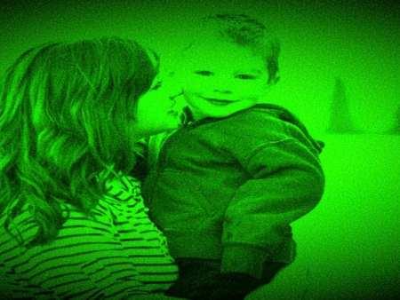 Single Parents raising kids : global news.