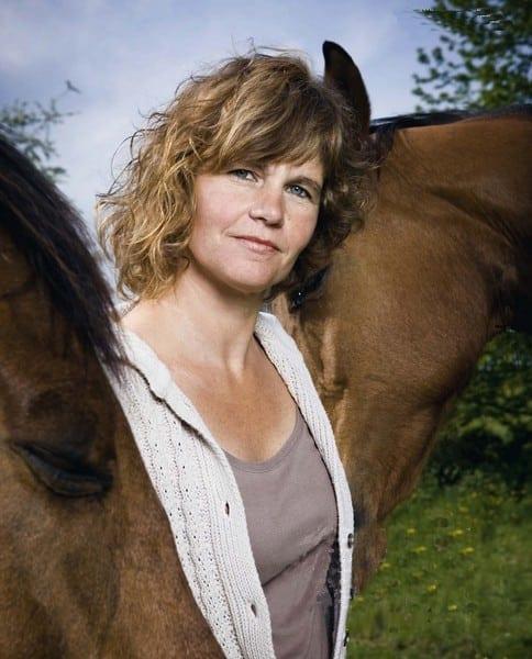 Een ontroerend boek over coachen met paarden om in je veerkracht te komen.