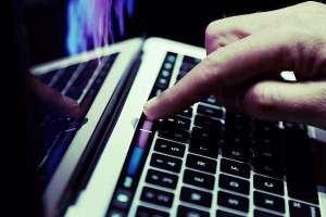 online bullying delete narcisme hoe ga je er mee om en zelfliefde ontwikkelen narcisme.blog