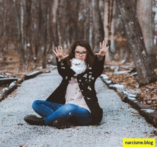 cover foto voor narcisme.blog trauma in de kindertijd, narcistische moeders