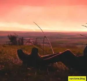 rustende benen Het beste van liefde validatie en eigenwaarde vind je niet bij een narcist.