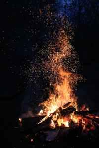 ash blaze bonfire burn, een uitweg uit deze nachtmerrie met de narcist