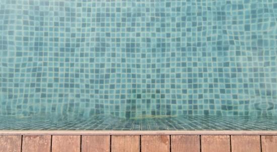 kolam renang di lantai dua.jpg2.jpg