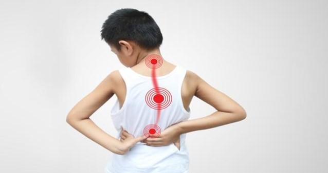 terapi renang bagi penderita skoliosis