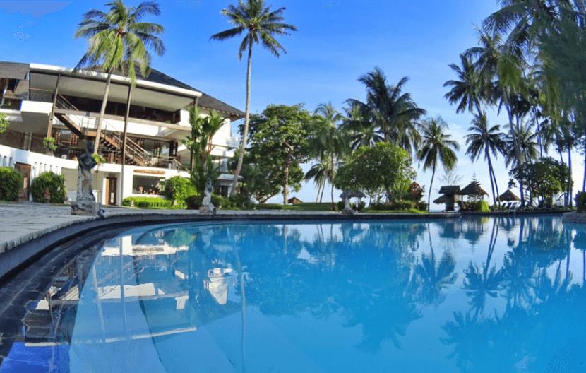 kolam renang di Batam