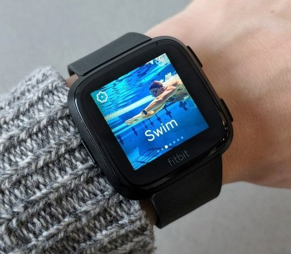 Fitbit Versa Watch: an Apple Watch Look-Alike Watch to Mark Fitbit's Expertise in Creating Sophisticated Smartwatch
