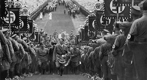 Лука Нићифоровић : Ботоксирани фашизам или како је фашизам поново ин