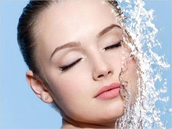 Как помогает живая и мертвая вода. Живая и мертвая вода. Применение, рецепты лечения, очищения организма