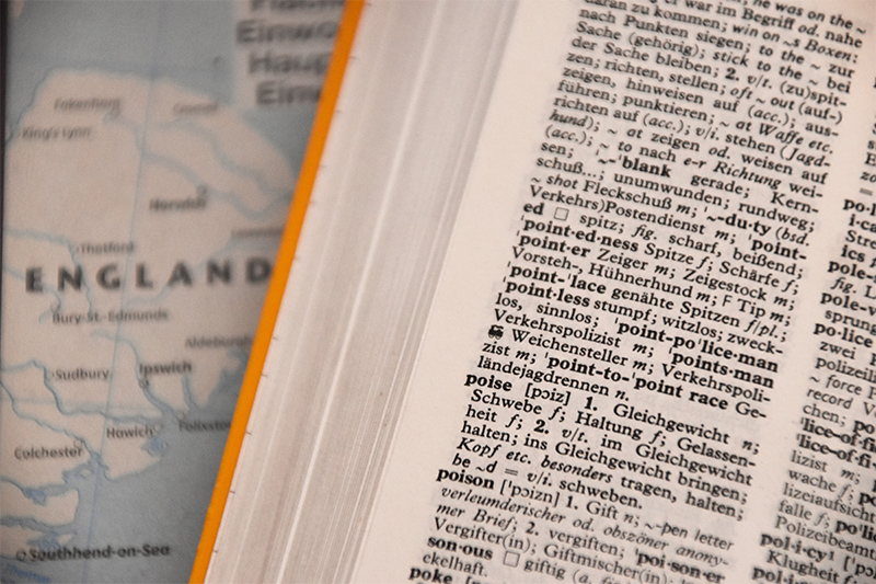 recherche de la définition de lipogramme dans le dictionnaire