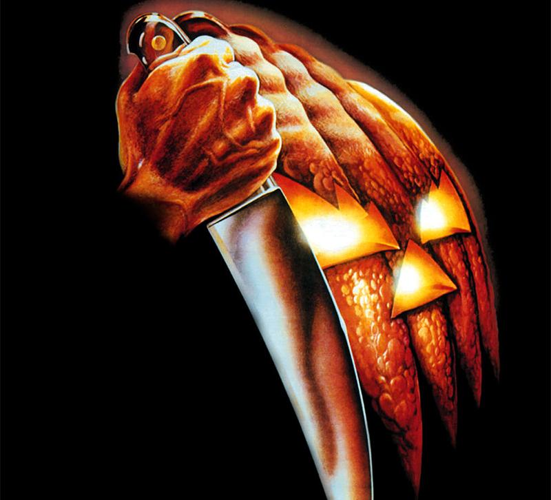 Une citrouille qui tient un couteau dans cette sélection de films pour halloween