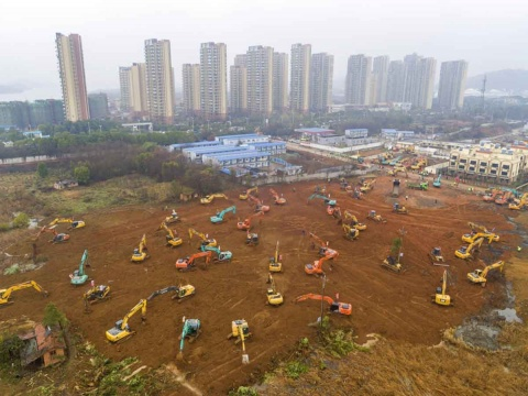 CHINA CONSTRUYE HOSPITAL PARA CORONAVIRUS