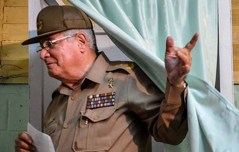 EU COLOCA A MINISTRO DE DEFENSA CUBANO EN 'LISTA NEGRA'
