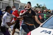 ESTADOS UNIDOS PIDE A CUBA QUE REESTABLEZCA INTERNET