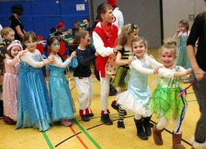 Kinderumzug & Kinderball @ Hohenberghalle