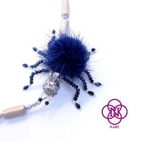 collar araña azul detalle 2