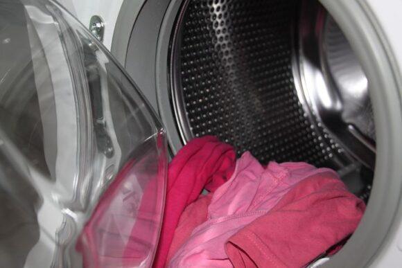 洗濯ネットに入れた洗濯物