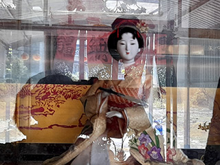 山村久美神像