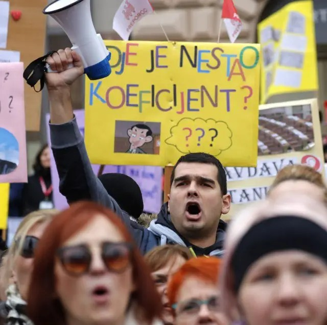 Učiteljice plaču od muke: Nezadovoljni predlogom vlade u vezi povećanja plata 1