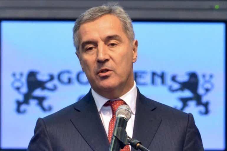 """""""ĐUKANOVIĆU SATANISTO"""" Počeli protesti u Rusiji protiv Mila! 1"""
