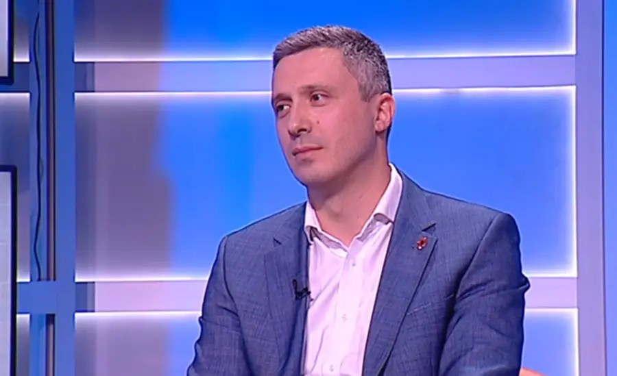 Boško Obradović i prof. Šefarlić počeli štrajk glađu u Skupštini! (VIDEO) 1