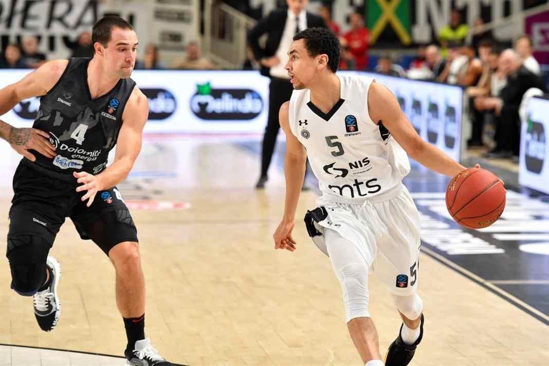 Partizan rutinski protiv Trenta za drugu pobedu za redom u Evrokupu! (VIDEO) 1