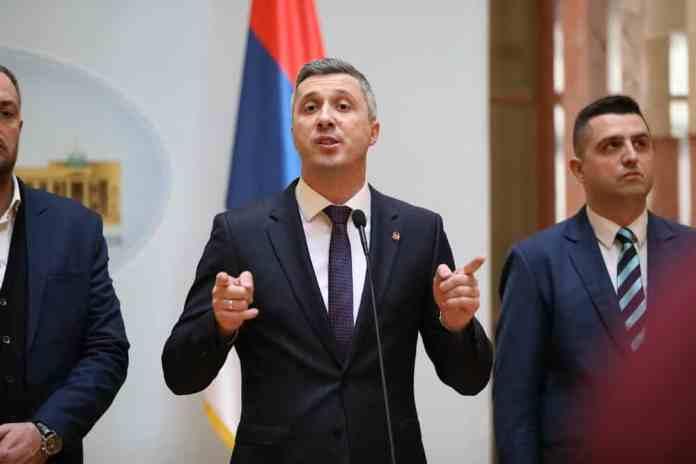 """DVERI: Boško Obradović dobio TV PINK i """"Informer"""" na sudu 1"""