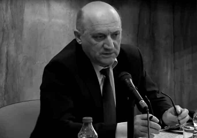 PRVA ŽRTVA VIRUSA U VLADI SRBIJE: Preminuo Branislav Blažić 1