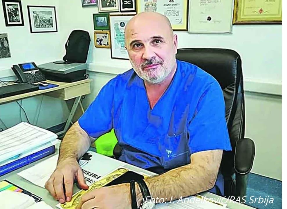 TEŠKA BITKA SA KORONA VIRUSOM Ratni hirurg koji je spasao hiljade života BORI SE ZA ŽIVOT 1