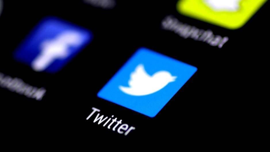 Tviter ugasio 8.558 SNS naloga 1