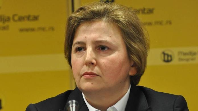 NAROD SE POBUNIO: Za 5 sati preko 8.500 građana potpisalo peticiju protiv izbora Dolovac! 1