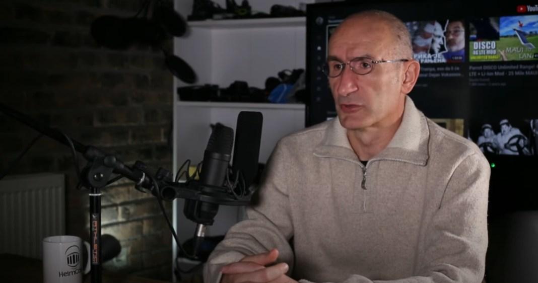 """BRUKA! """"Kostić nek da ostavku i učlani se kod Sonje Biserko ili u Helsinški odbor!"""" (VIDEO) 3"""