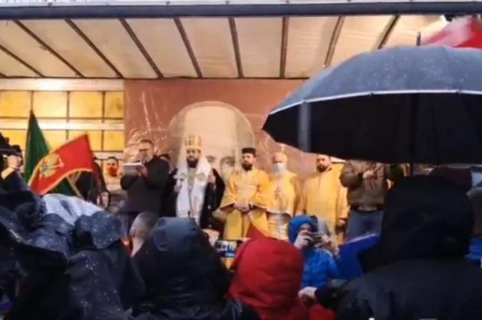 ZAMALO OKRŠAJ: Policija Crne Gore sprečila sektaše da zapale sveću! 1