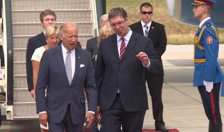 BAJDEN VUČIĆU: Srećan Dan državnosti, priznajte Kosovo 1