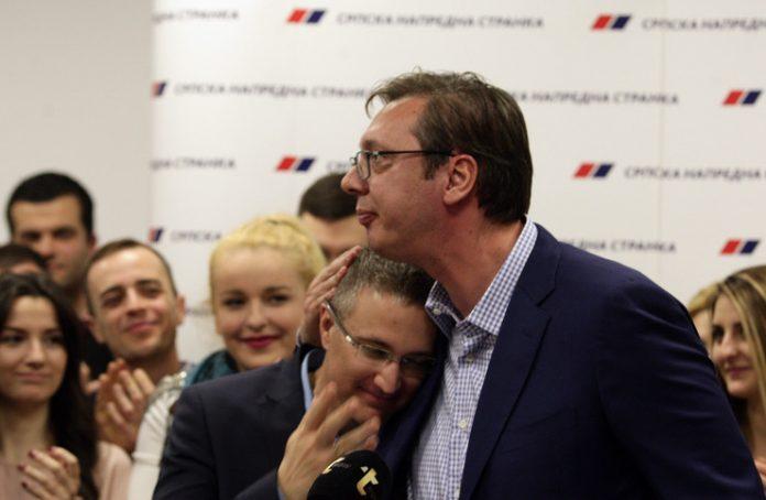 STEFANOVIĆA VRBOVALI AMERIKANCI: Kreće u rat sa braćom Vučić 1