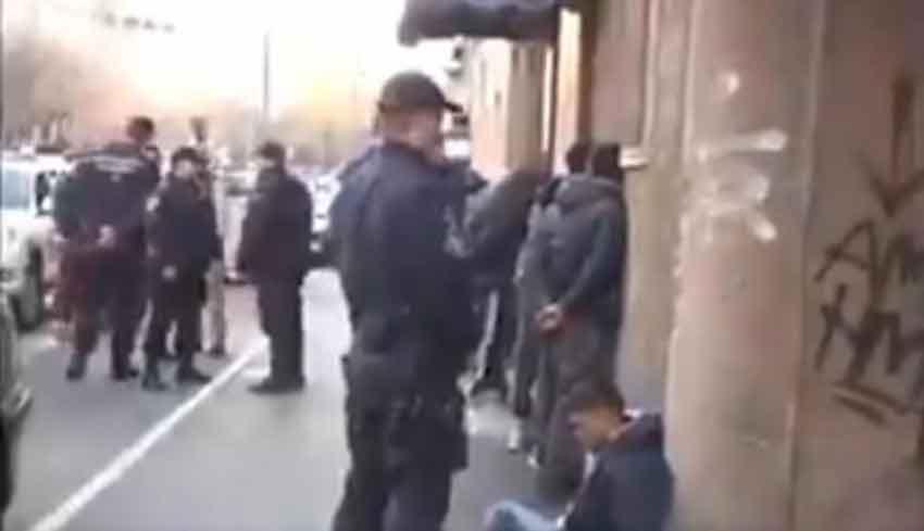 POLICIJA POHAPSILA MIGRANTE! Obračun noževima u sred Beograda, ima povređenih (VIDEO) 1