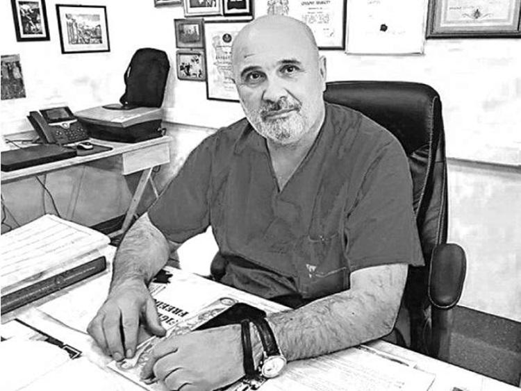 ŽIVOT RATNOG HIRURGA ZAVRŠEN PRE GODINU DANA: Za doktorom Miodragom Lazićem plakao je čitav region! 1
